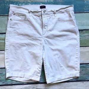 NYDJ Shorts Lift Tuck Technology Bermuda White 14W